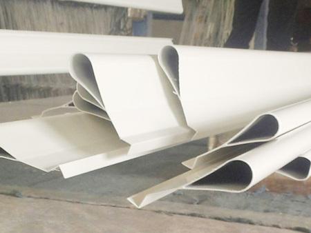 万博manbetx官网手机版登陆铝天花板系列-滴水铝挂片