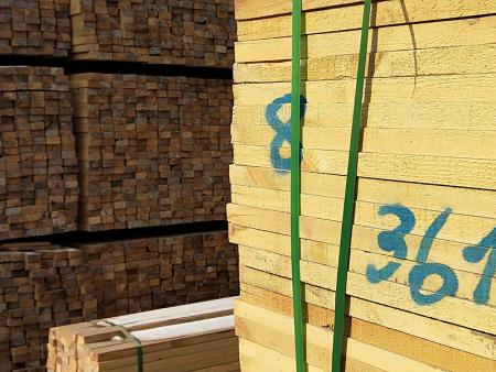 木材批發市場