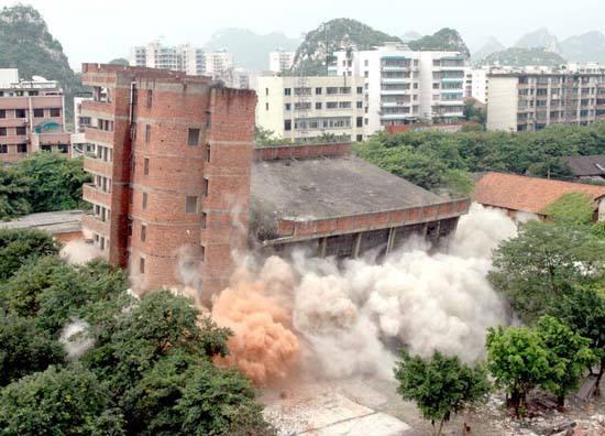 深圳房屋拆除的注意事项有哪些?严格遵守!