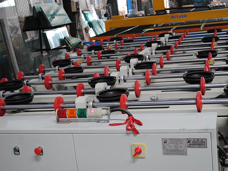 改进生产工艺后炉灶钢化玻璃的强度得到了提升