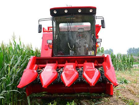 新乡青贮机生产厂家浅述:玉米青贮机的旋转原理
