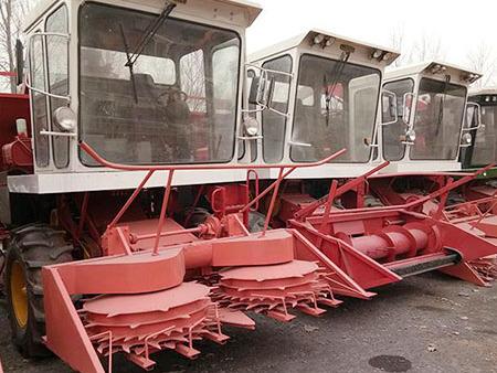 大家都比较关于我们玉米青储机设备夏天的保养工作如何进行?