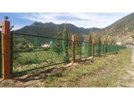 新万博铁艺围栏