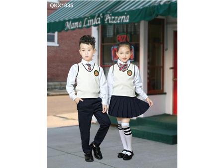 幼儿园服装有几大类?