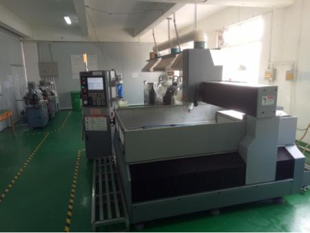 数控雕刻机(CNC fine  carving machine)