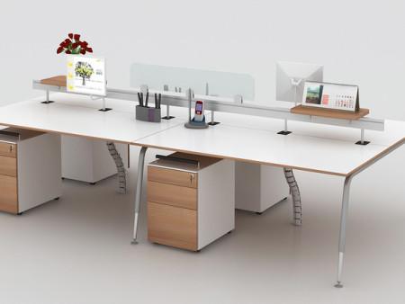 办公桌的摆放位置有哪些利于弊?