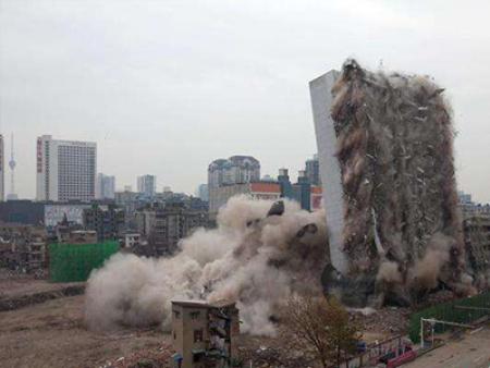 深圳爆破拆除作业需谨慎 技术掌握很重要