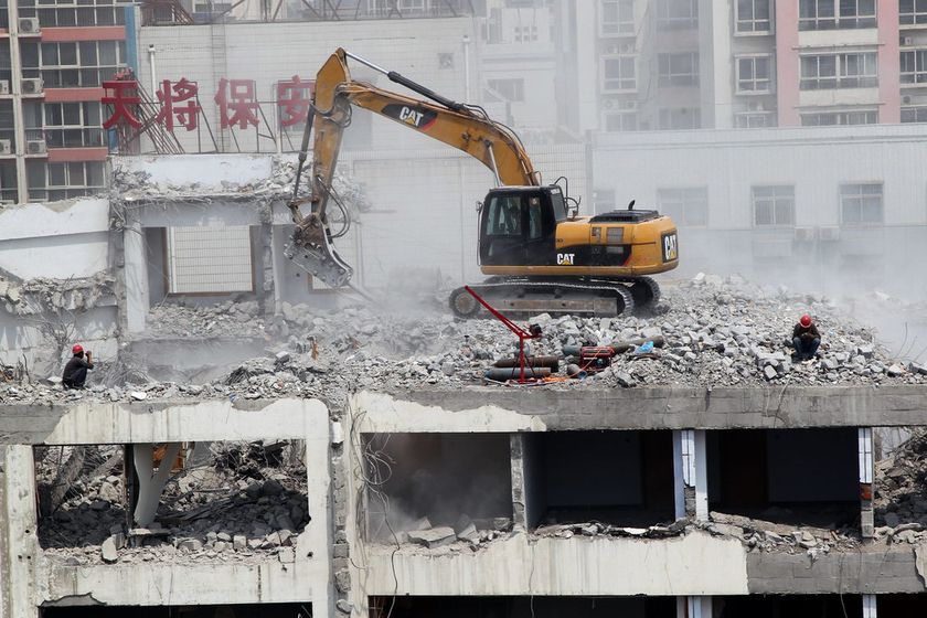 制定广东房屋拆除工程方案需要考虑什么