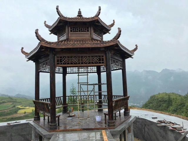 丹东防腐木凉亭的优点有哪些呢?
