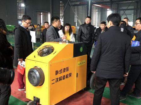 王总介绍卧式液压二次构造柱泵