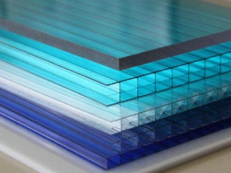 西安阳光板厂家带您了解阳光板的材料特点