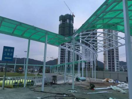 西安阳光板厂家:PC阳光板