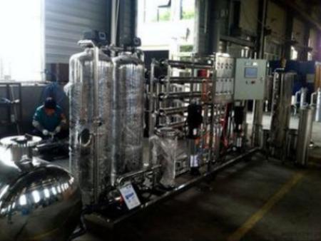 沈阳纯净水设备:8种水尽量不要喝