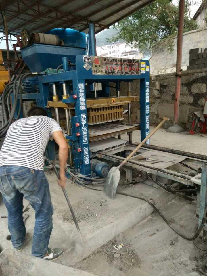 生产的砖块强度与液压砖机的压力大小是否成正比那