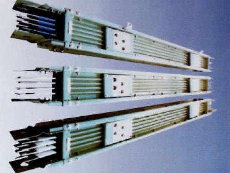 CFW-2A高强封闭式母线
