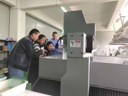 2019年4月2日南京茂萊光電客戶蒞臨新興指導工作