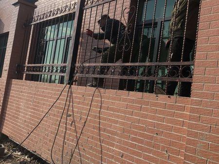 为何护栏网和沈阳刺绳要搭配使用?
