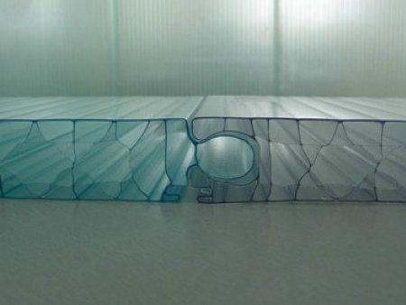 西安阳光板厂家:阳光板在固定时需注意?