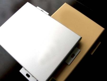 新型環保建筑材料——氟碳鋁單板