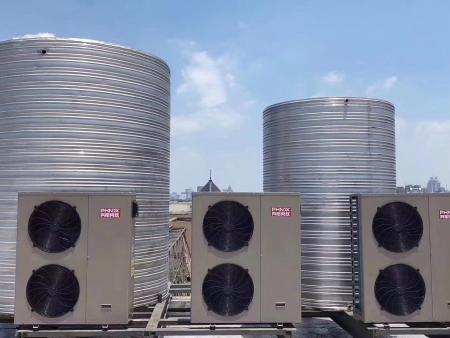 西宁厚源生态园热泵热水系统(20吨)