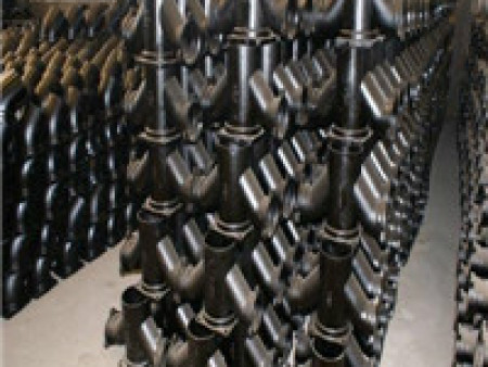 W型铸铁管DN50-300 B型双法兰联通铸管管件厂家