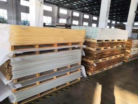 PVC沈阳雪弗板和密度板的区别及用途