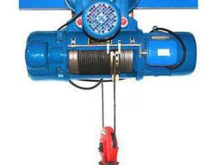 龙门吊过载运行产生的过大的重力会导致钢丝绳