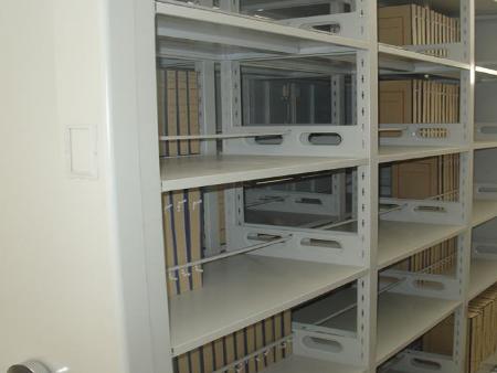 安装档案密集架道对轨铺设有什么要求(附密集架设计理念)?