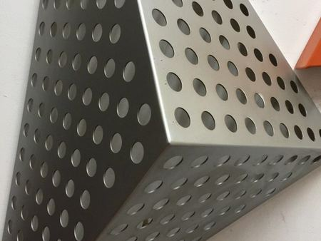 外墻沖孔鋁單板