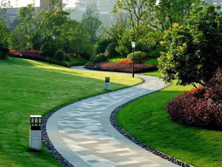 兰州园林绿化公司讲述关于园林绿化的养护