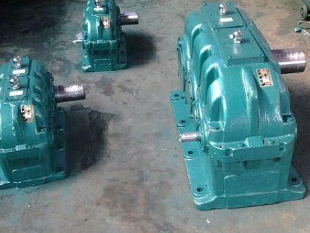 ZSY硬齒面圓柱齒輪減速機