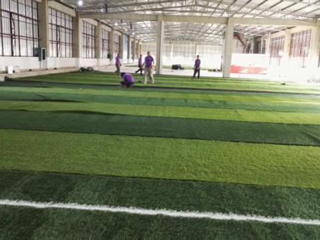 人造草皮球场施工