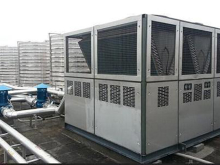 空气能万博手机客户端机组轻松应对极端天气  获用户信赖!