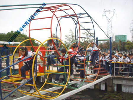 户外拓展训练器材-五环桥拓展器材