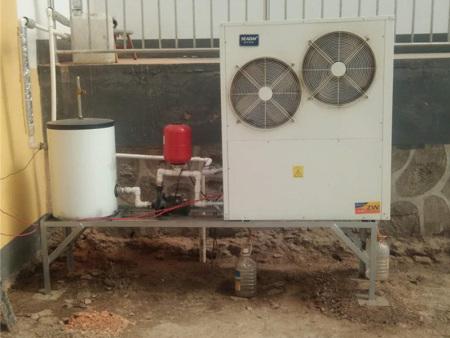 青海自建房戶式地暖冷氣機安裝案例
