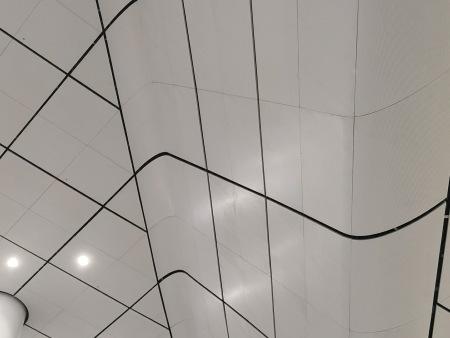 新郑机场候机楼5