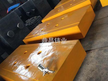 广州配重铁哪里找当选鼎昌铸业专业配重块铸造