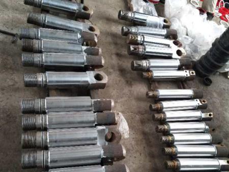 河北煤矿专用液压油缸:油缸活塞杆如何减少泄漏