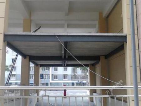 苏州银都广场地下车库出口钢平台