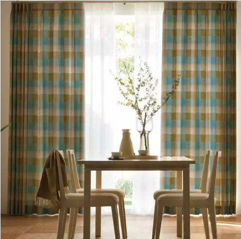 How to choose the curtain in summer and how to maintain the curtain