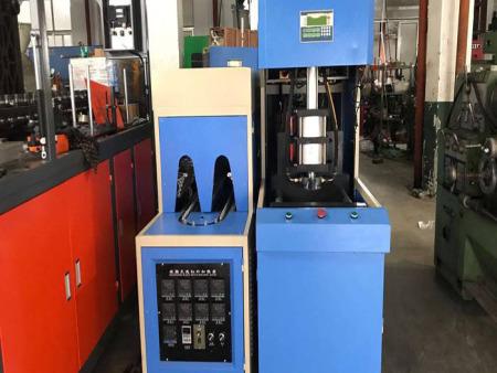 纯净水灌装设备生产线