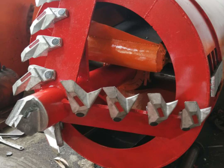 管道牵引掘进机