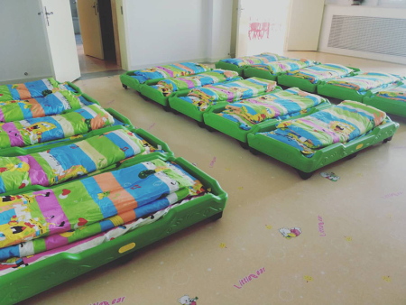 兰州新区新建幼儿园,塑料幼儿床