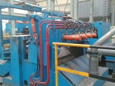 磷生铁挤压机