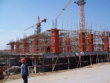 中川鐵路工程四分部墩柱模板施工