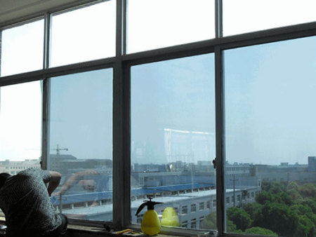 单向透视玻璃与单向透视贴膜的区别