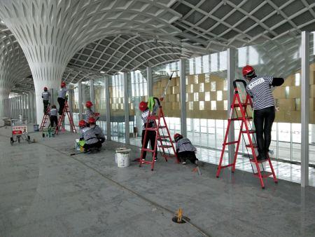 海拉爾機場2號航站樓開荒保潔