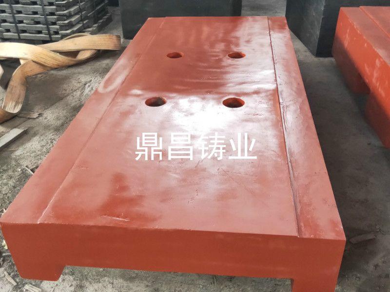 挖掘機配重塊氣孔的規避措施