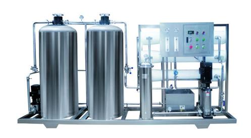 纯净水设备对其进行清洗的事项