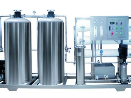 造成纯净水设备污染的要素有哪些?